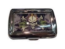 #100 TOBACCO TIN - SKULL & CROSSBONES